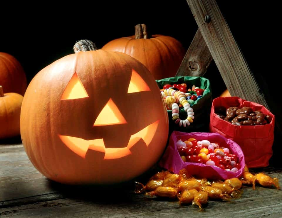 Isabelt5 - Tips for Planning a Kid-Friendly Halloween party